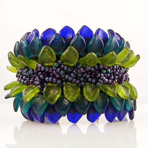 leaf-bead-bracelet