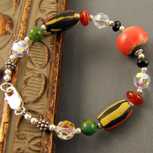 Coral_Ceramic_Bead_Bracelet